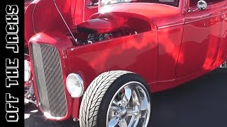 1932 Ford Coupe - Red Car Show