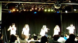 2014年4月29日、ことにパトスで開催されたミルクスの『ミルクスフリーライブ「トレンディバブル魅流駆好〜ランバダまだか?〜」』です。 2曲目:W...