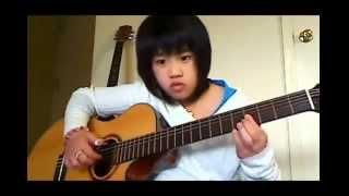 Cô bé ngây thơ chơi đàn ghita rất mùi với bài Xin Còn Gọi Tên Nhau