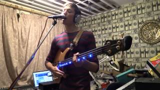 Level 42 - Lessons In Love (Sing and Bass cover) Status Graphite Kingbass MK 2