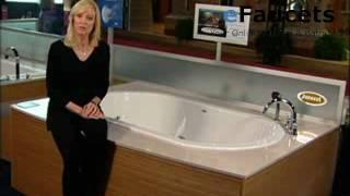 Duetta™: A lush oval whirlpool