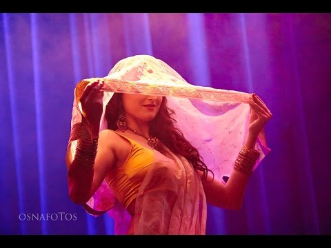 Vajle ki Bara, Lavani Dance by Maya Bollywood, Germany (Deutschland)