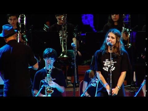 SANT ANDREU JAZZ BAND ( 2011) LOVE IS HERE TO STAY PALAU MAGALI 2011