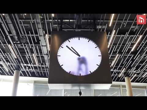The clock that shows time by having its hands painted every minute by an actual person