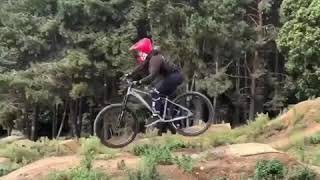 Sheena & Ruth Send it on their MTB's at Twisted Oaks