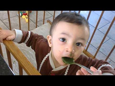 Benefits of Spirulina for kids: Baby loves Spirulina Smoothie