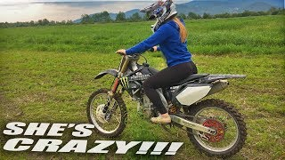 She Loves Dirt Bikes - Girl rides for the first time