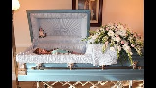 95 CELEBRITY OPEN CASKET PHOTOS