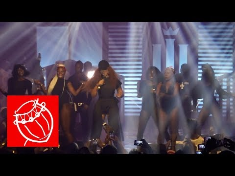 Shatta Michy performs 'Spend di money' at the Reign Concert   Ghana Music