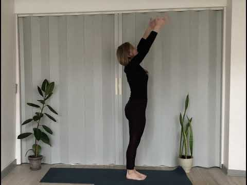 Yoga: Solhilsner fra blid til klassisk