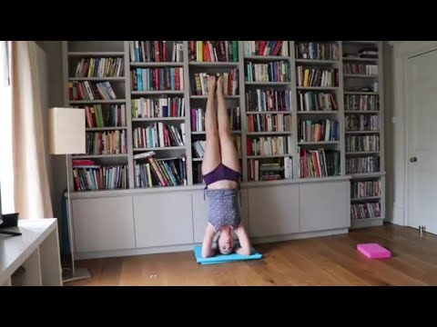 Day 21 Yoga for Weight Loss- Creative Workout & Your First Headstand (21 Days of Yoga Challenge)