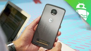 Moto Z2 Force hands on