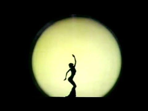 Yang Liping - Moonlight - Live solo dance (Moon China - Clair de lune - Danse Chine)