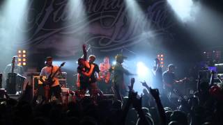 Parkway Drive - Wild Eyes (SHOCK! people on the stage!) (live in Minsk, 30-06-15)