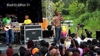 "Liquideep Performing ""welcome Aboard"" @ Blankets And Wine 40, January 2013"