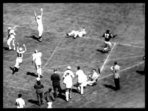 Houston defeats Oakland as AFL is born 1960