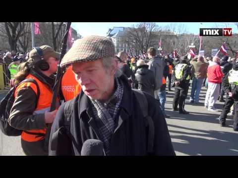 Шествие легионеров Waffen SS в Риге. MIX TV