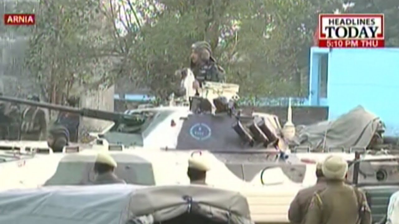 Army tanks prepared for final assault on terrorists in ...