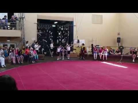 Выступление Ралины в цирковой школе 2