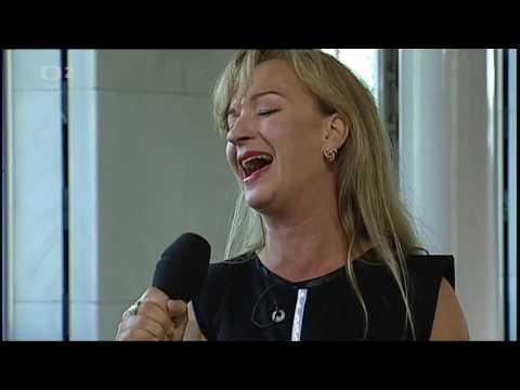 Sandra Pogodová zpívá v Dobrém ránu