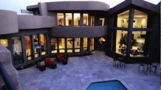 Experience Luxury Contemporary Living In Paradise Valley
