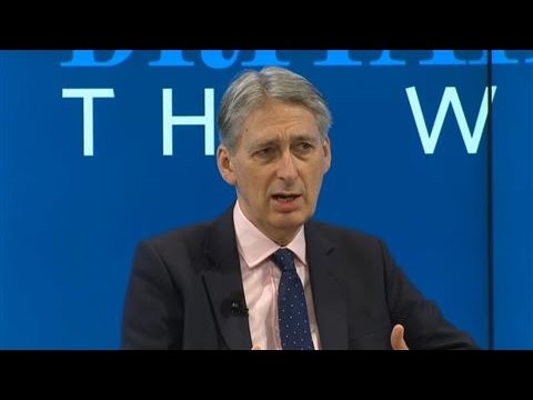 Hammond: 'Political Necessity' Brexit Talks Are Wrapped Up in Two Years