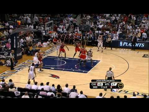 Jeff Teague Goes Baseline for the Slam