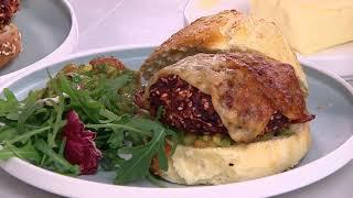 Obiad bez mięsa? Zobacz przepisy na tradycyjne potrawy, ale w bezmięsnym wydaniu [Dzień Dobry TVN]