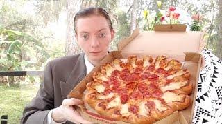 Pizza Hut's Ultimate Cheesy Crust Pizza is Back!!!