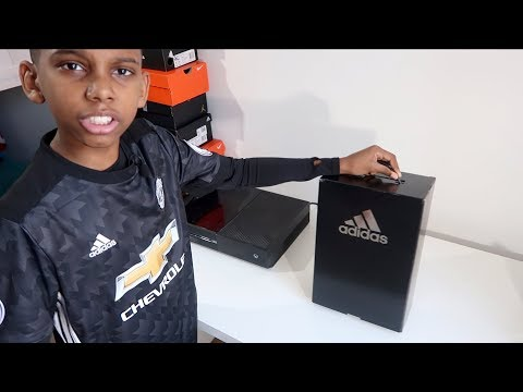UNBOXING MY FIRST LACELESS ADIDAS FOOTBALL BOOTS | KIDS