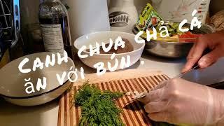 Canh chua cá Thác Lát ăn với bún