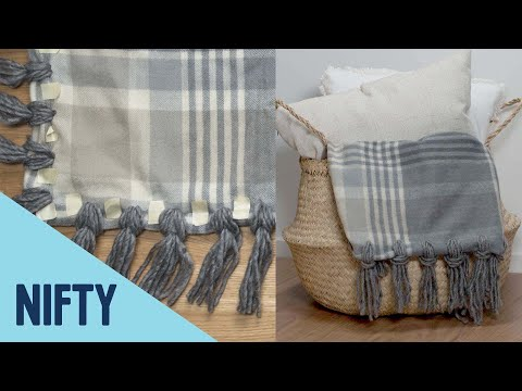 Cozy No-Sew Tassel Blanket