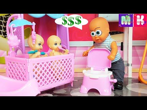 КАТЯ И МАКС ВЕСЕЛАЯ СЕМЕЙКА МУЛЬТИКИ! КАК МАКС РАБОТАЛ НЯНЕЙ) Мультики с куклами. Видео для детей