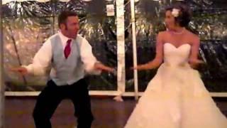 josh sara s surprise wedding dance sept 24 t pain chris brown best love song