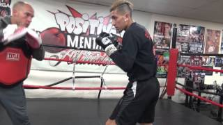 brandon krause and jessie martinez working mitts in ring EsNews Boxing
