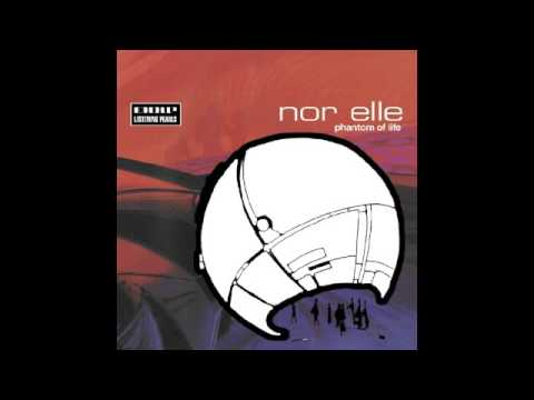 nor elle - moon b252 I Mole Listening Pearls