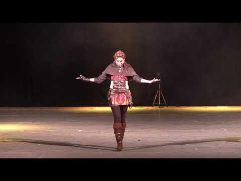 Косплеер Rose - Amicia De Rune (A Plague Tale: Innocence)