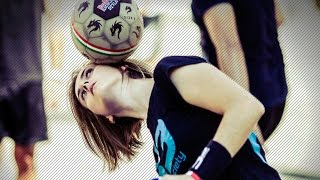 Melody Donchet ● Girl Insane Freestyle Skills ● Football Street