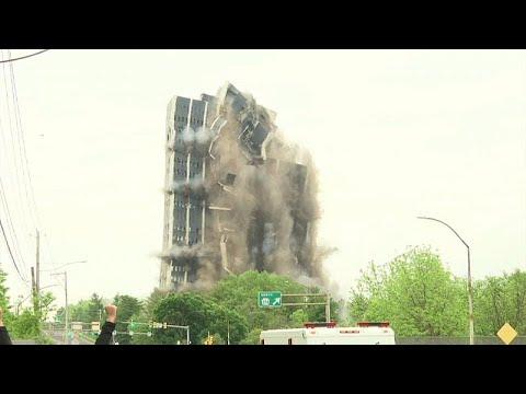 شاهد: لحظة انهيار مبنى برج مارتن في بيت لحم  - نشر قبل 4 ساعة