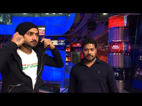LIVE With Harbhajan &  Vikrant: Can Ashwin & Bhuvi Create Miracle For India? | Sports Tak