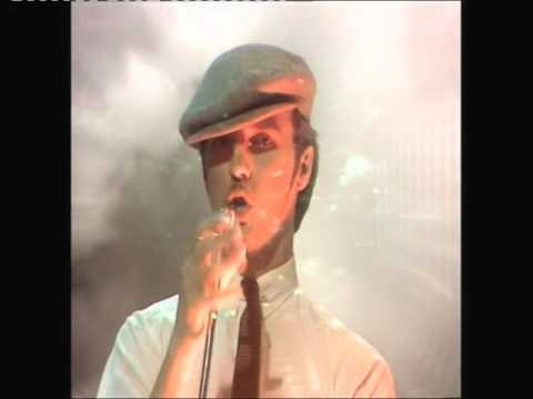 Ultravox - The Thin Wall : Top Of The Pops 27th Aug 1981
