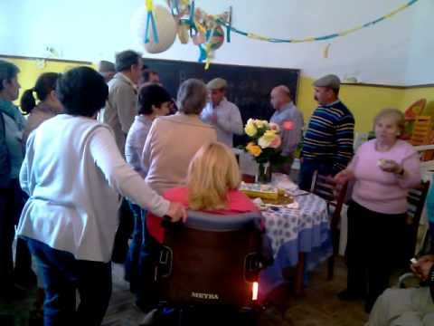 Download Bolo Aniversario 1º Maio, na Caiada Almodvar.wmv