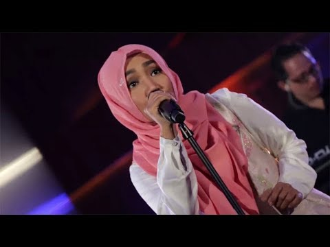 Fatin - Jangan Kau Bohong (Live at Music Everywhere) **