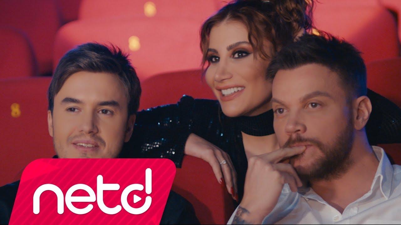 Mustafa Ceceli & İrem Derici feat. Sinan Akçıl - Çok Sevmek Yasaklanmalı