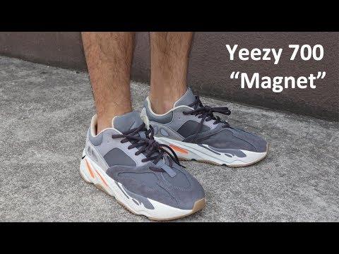 Adidas Yeezy Boost 700 \