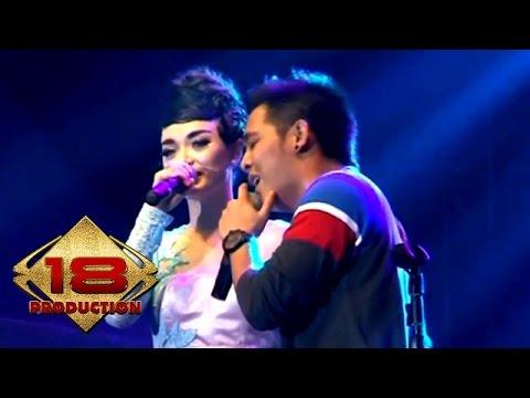 D'Bagindas Ff Zaskia Gotik - Maafkan Aku   (Live Konser Karawang 28 September 2013)