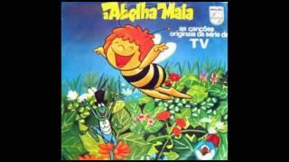 01. A Abelha Maia