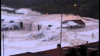 Repeat youtube video Temporal en A Guarda, Galicia 6 1 2014