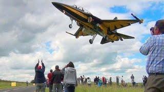 🇰🇷 RoKAF T-50 Black Eagles Jets Flying Low Over Waddington Airshow Fans.
