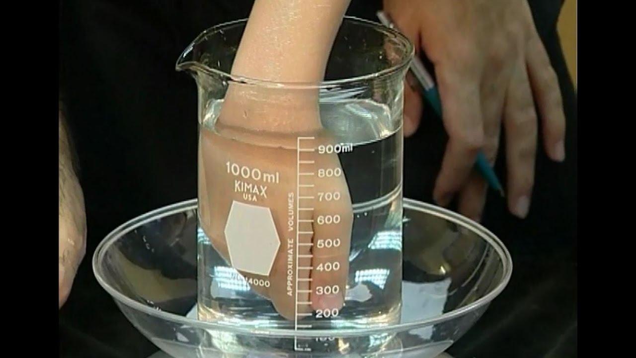מדידת נפח אגרופים - ארכימדס וניוטון משלבים ידיים